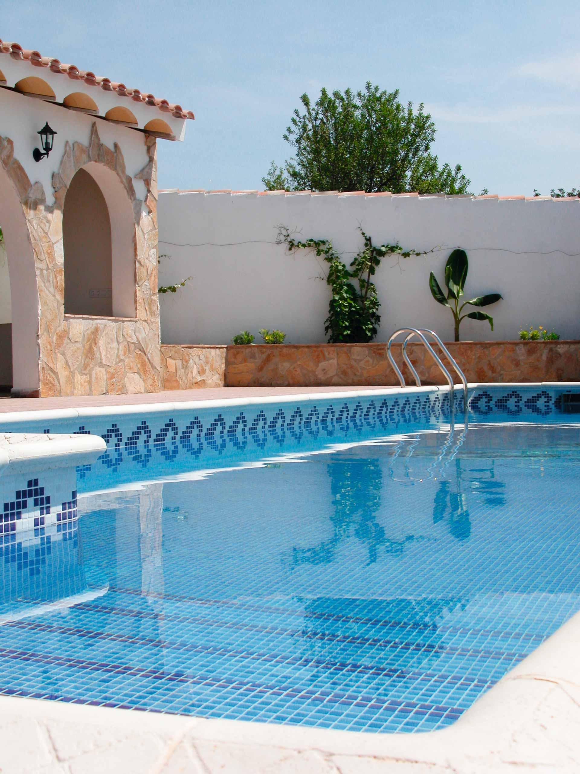 Mosaïque piscine réalisation Sols Concept - CENEFAS MOSAVIT