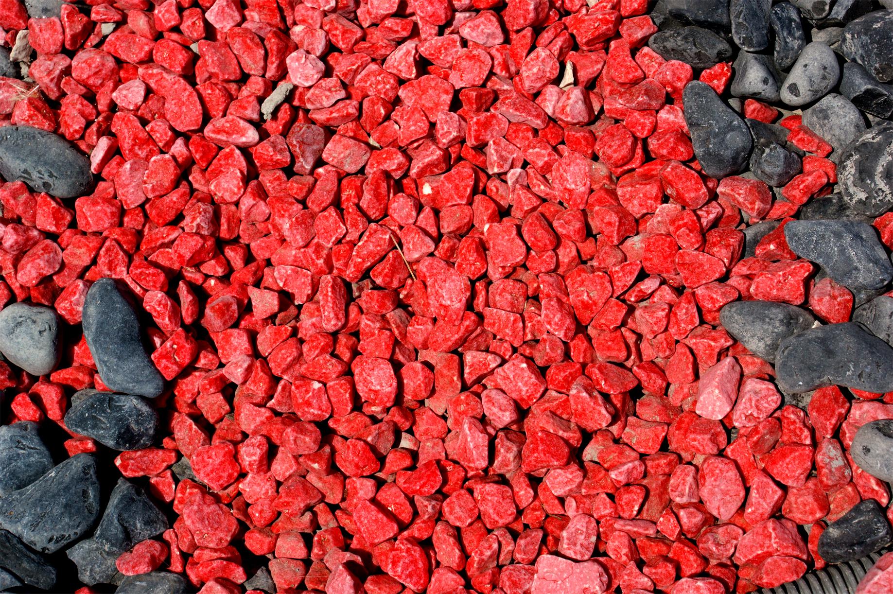 Galets rouges pour décoration extérieure aix en provence gardanne meyreuil simiane