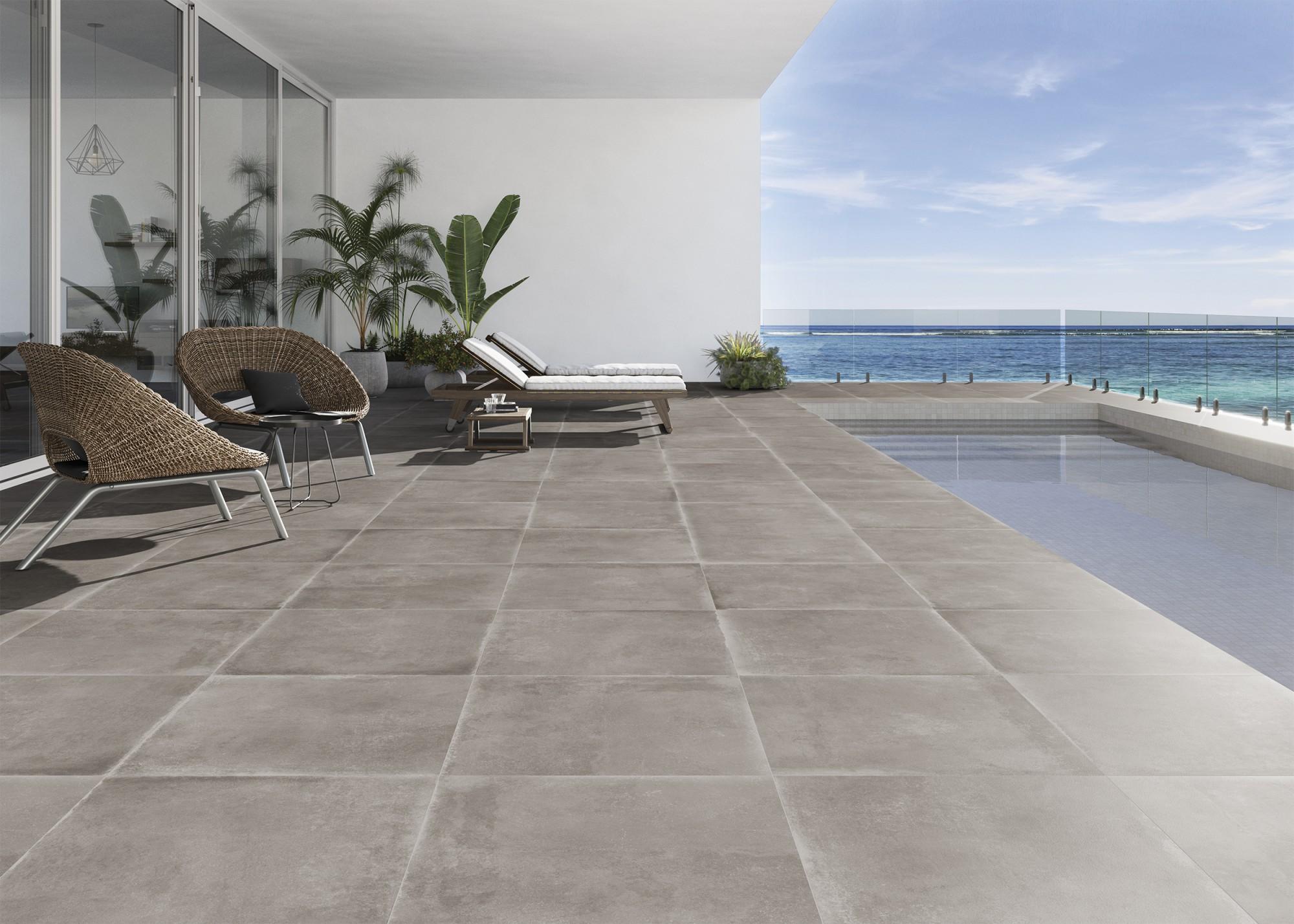 Carrelage extérieur et piscine aspect béton et aspect pierre naturelle Sols Concept Gardanne