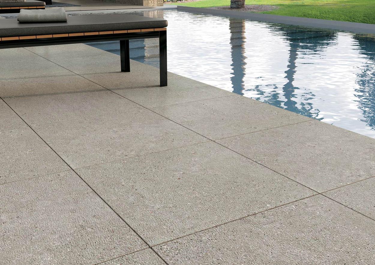revêtement de sol pour l'extérieur et piscine Sols Concept Gardanne