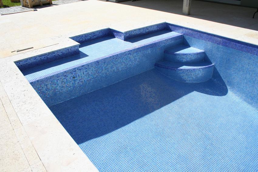 Mosaïque piscine réalisation Sols Concept